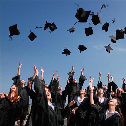 Graduation 2018. Finances After College